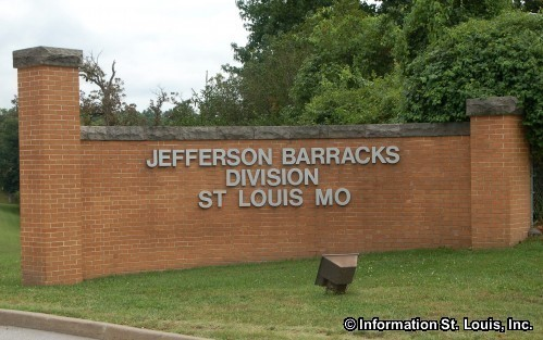 Exterior_Jefferson_Barracks